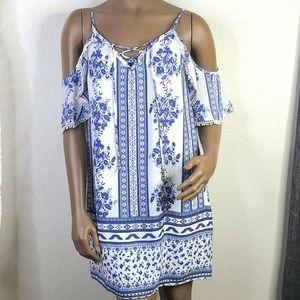 Trixxi Dress blue white floral print medium